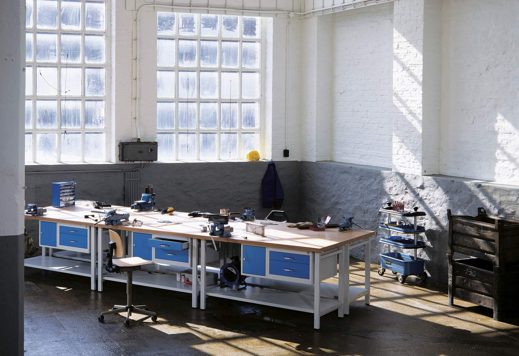 Moderne Werkstatteinrichtung