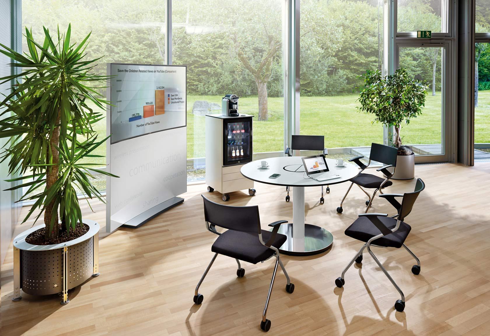 Mobile Konferenzmöbel für kleinere Meetings